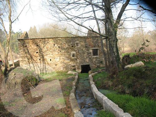 rehabilitación antiguo molino de piedra