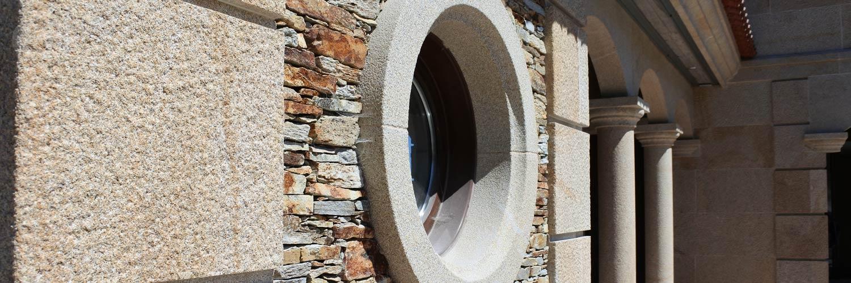 fachada-granito-taco-santiago